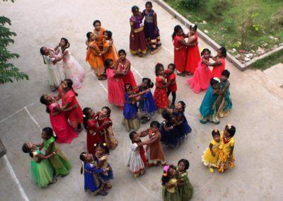 karthi vidhyalaya school dance